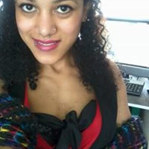 Daniela Love's avatar