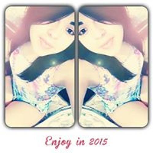 Júlia Lauanna's avatar