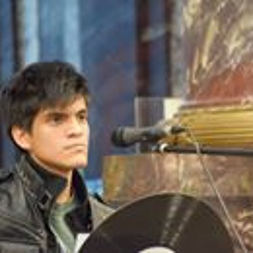 Kevin Loaiza's avatar