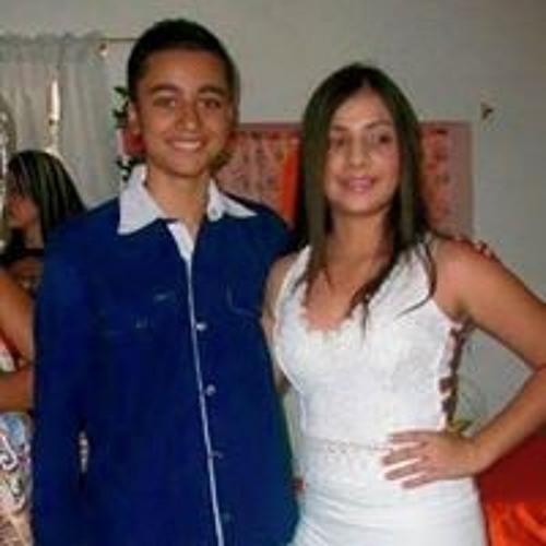 Dalston Cardona Ruiz's avatar