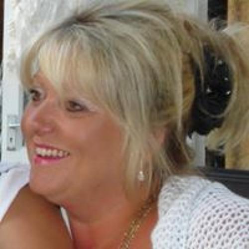 Deborah Davies's avatar