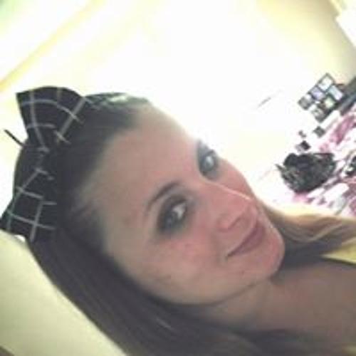 Becca Yuro's avatar