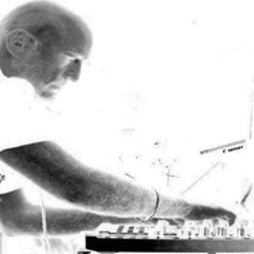 Max Rosardo's avatar