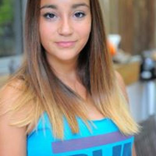 Marina Pereira's avatar