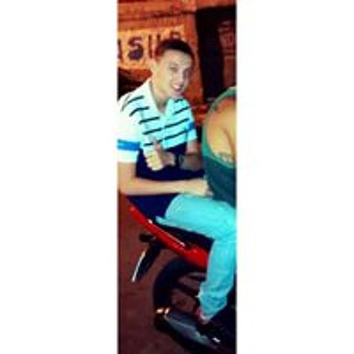 Guilherme Santiago's avatar