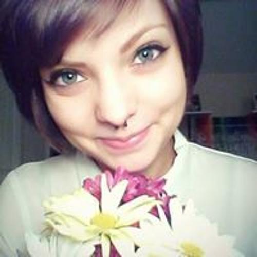 Emily Etcheverry's avatar