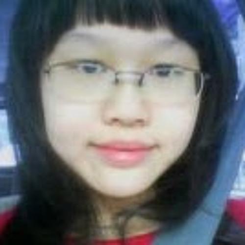 Fiona Gouw (ピヨ)'s avatar