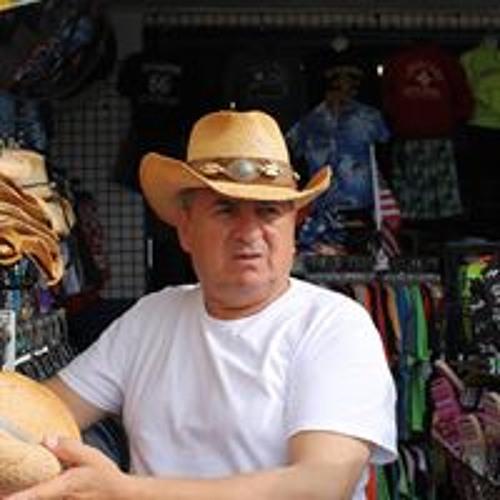 Carlos Amaya's avatar