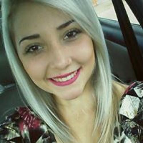 Giovanna Brum's avatar