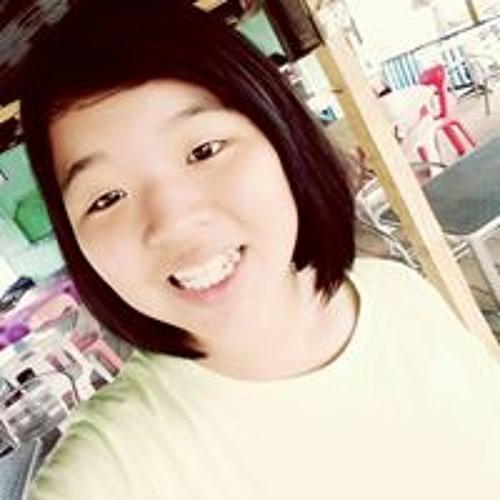 Wenny Liew's avatar
