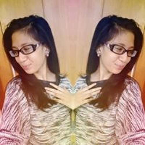 Erica Elaine's avatar