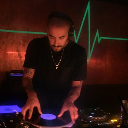 DJ WHOO's avatar