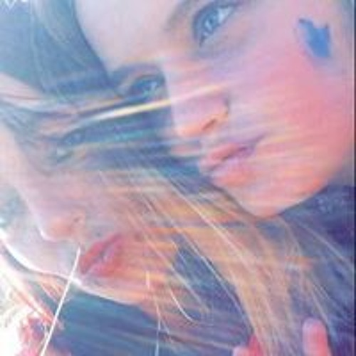 Emma Brighty's avatar