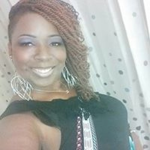 Pilar Lee's avatar