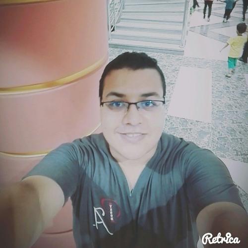 ᗩℋmed Usama's avatar