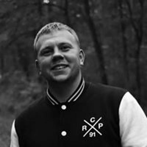 Patryk Jaromin's avatar