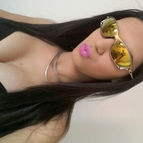 lari thalia's avatar