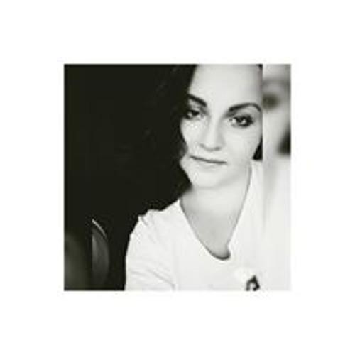 Janina Pedon's avatar