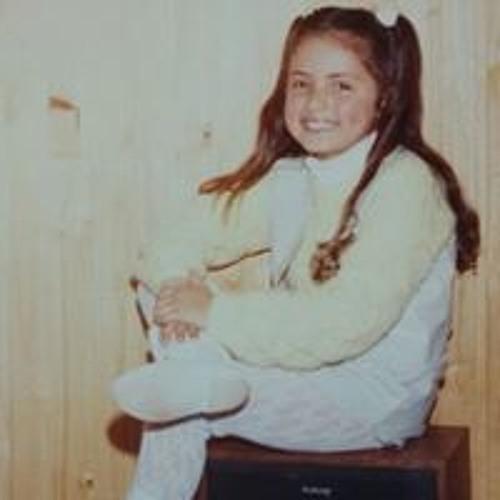 Mariele Charão's avatar