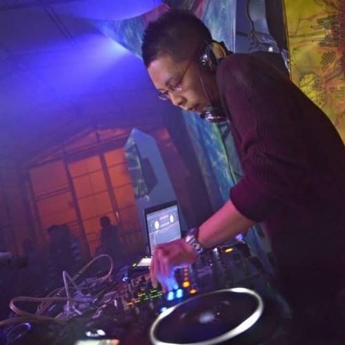 DJ Simon a.k.a 賢's avatar