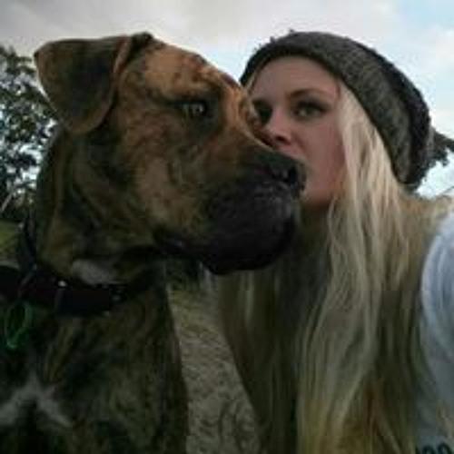 Victoria Burt's avatar