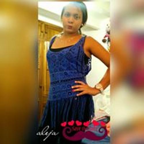 Aleja Sanchez's avatar