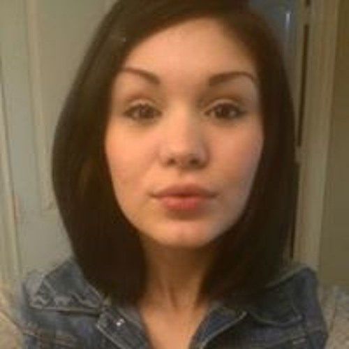 Sarah Hall's avatar