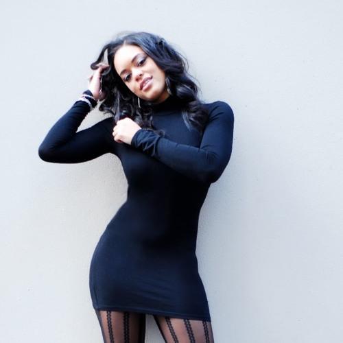 Natasha Jane's avatar