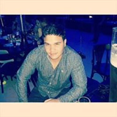 Daniel Aguiar's avatar