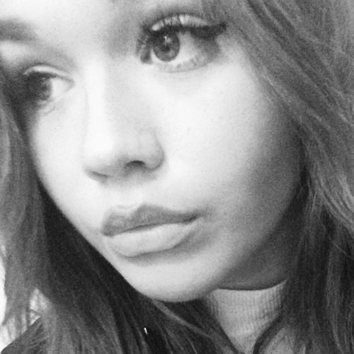 Emilia Wall's avatar