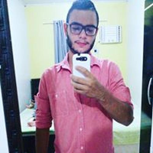 Luis Henrique's avatar