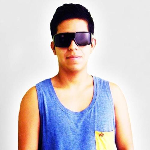 Lucky Lucciano Garrido's avatar