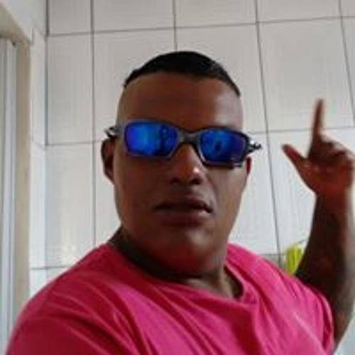 Vinicius Tadeu's avatar
