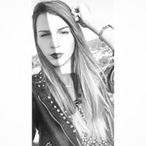 Celline Silva's avatar