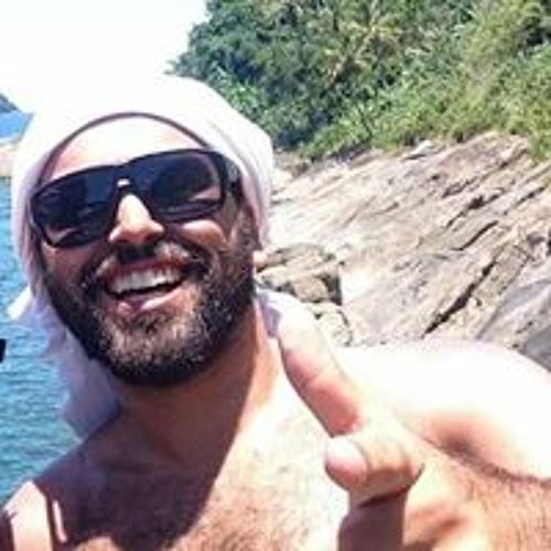 Daniel Castro's avatar