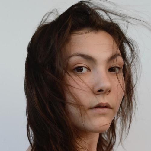 Rebecca Ella's avatar