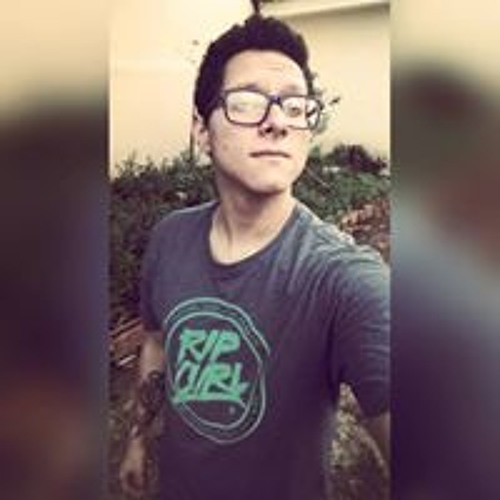 Andrey Dias's avatar