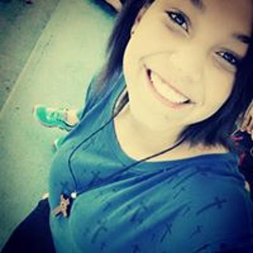 Andressa Pinheiro's avatar