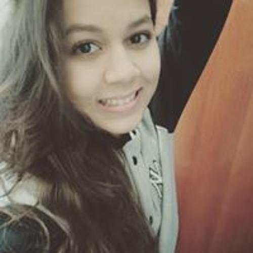Letícia Lourenço's avatar