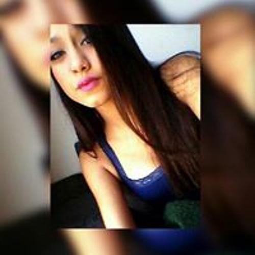 Emily Oliveira's avatar