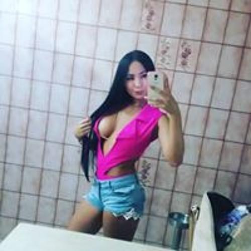 Aleja Patiño's avatar