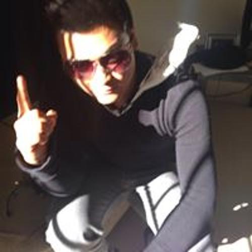 Issac Roacho's avatar