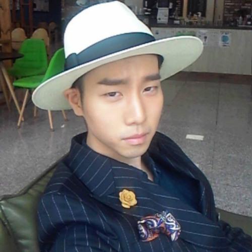 hoon12345's avatar