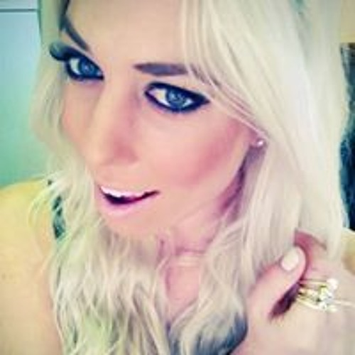 Chanel Reynolds's avatar