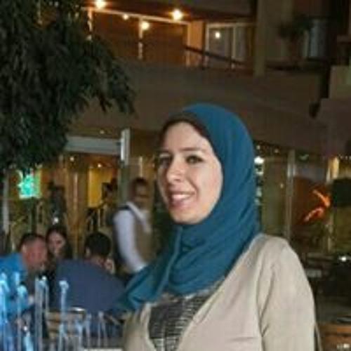 Menna Essam's avatar