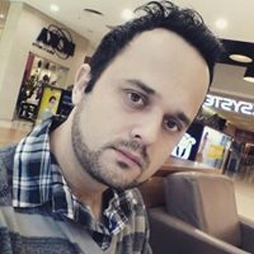 Rafael Ramos's avatar