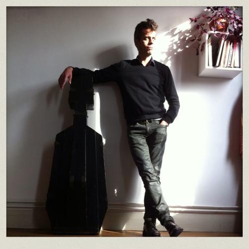 Julien Divisia's avatar