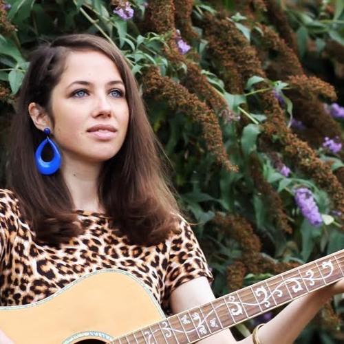 Emily Zaraa's avatar
