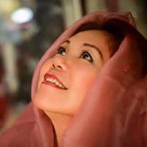 Penny Tan's avatar
