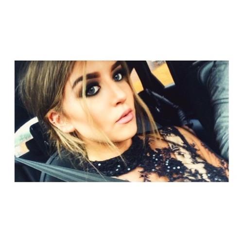 Lydia Hindle's avatar